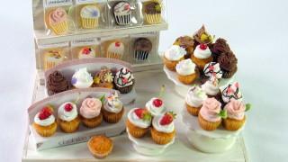 ミニチュア★カップケーキオークションに出品。