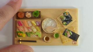 ミニチュア手巻き寿司、オークションに出品