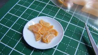 ミニチュアオレンジを製作中